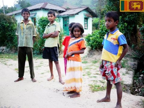 PEDULI - Anak - Anak Sri Lanka